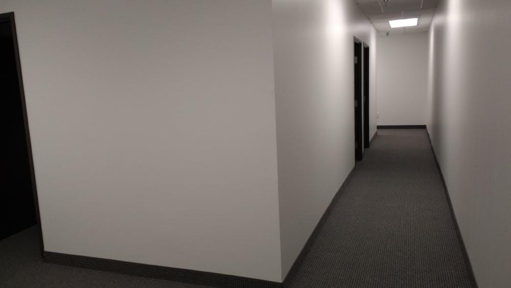 Suite 246 / 1,058 SF/ $1,482 + Electricity