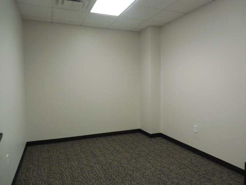 Suite 563 / 230 SF/ $364 + Expenses