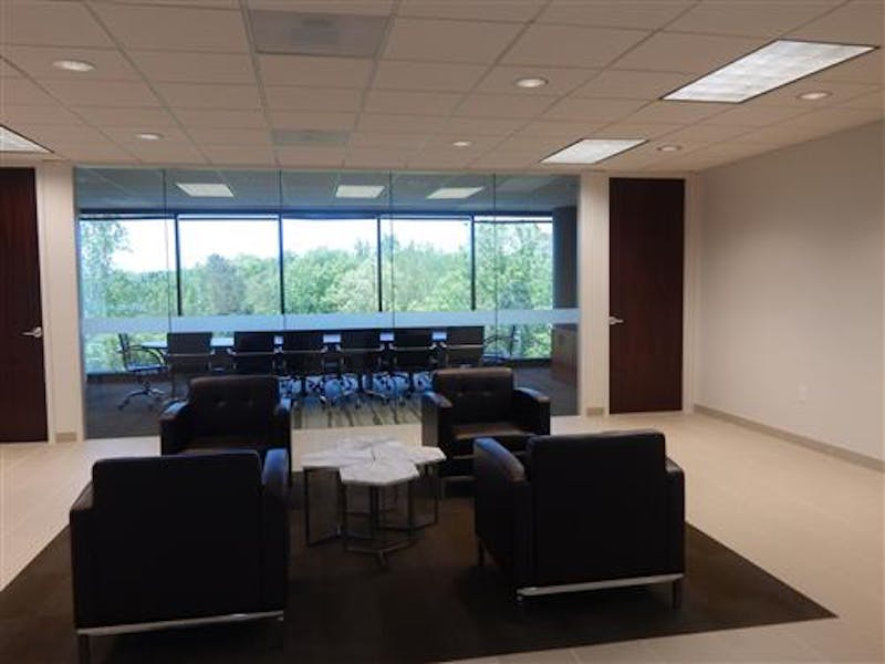 Suite 522-110 / 870 SF/ Negotiable