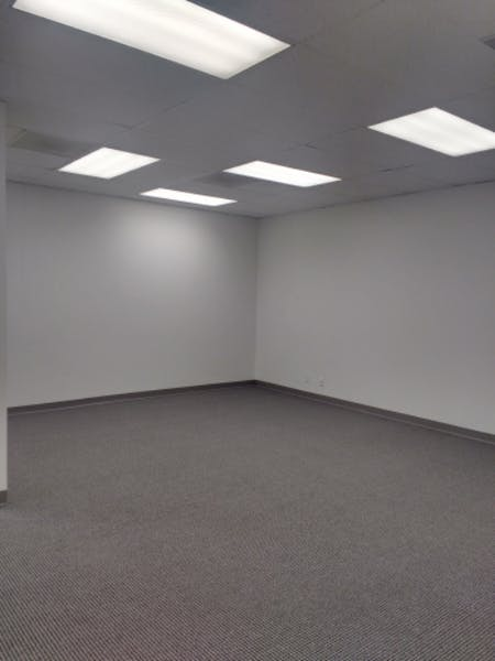 Suite 450S / 2,221 SF/ $2,034 + Expenses