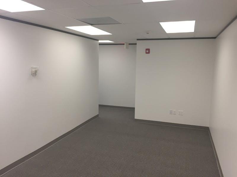 Suite 454 / 1,135 SF/ $1,135 + Expenses