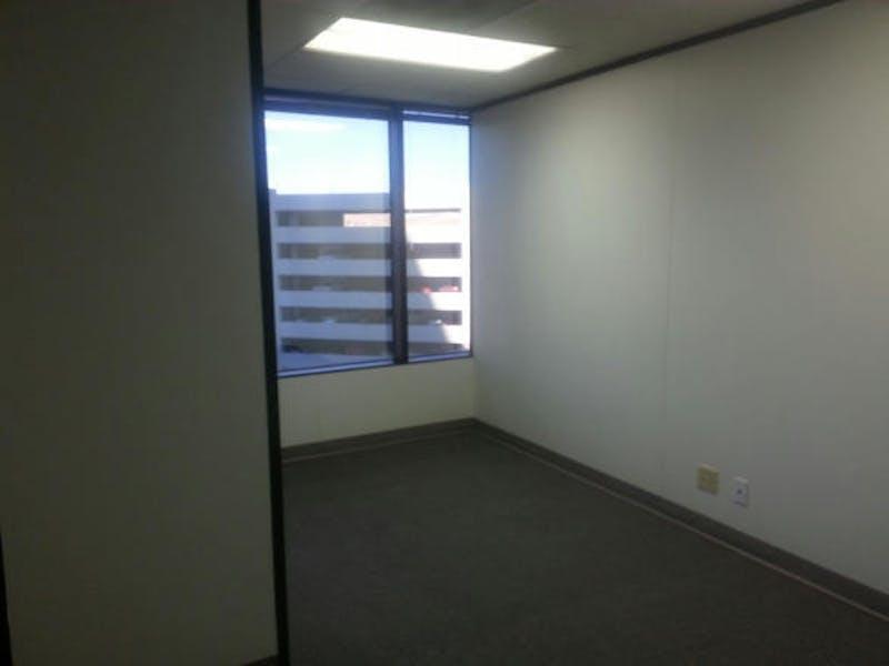 Suite 2-0635 / 1,733 SF/ $2,166 + Expenses