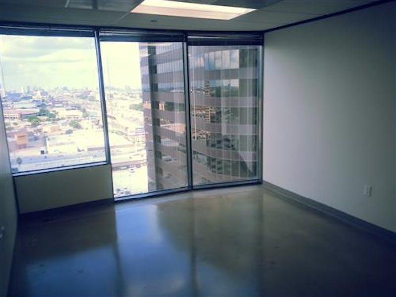Suite 2-1482 / 460 SF/ $820 + Expenses