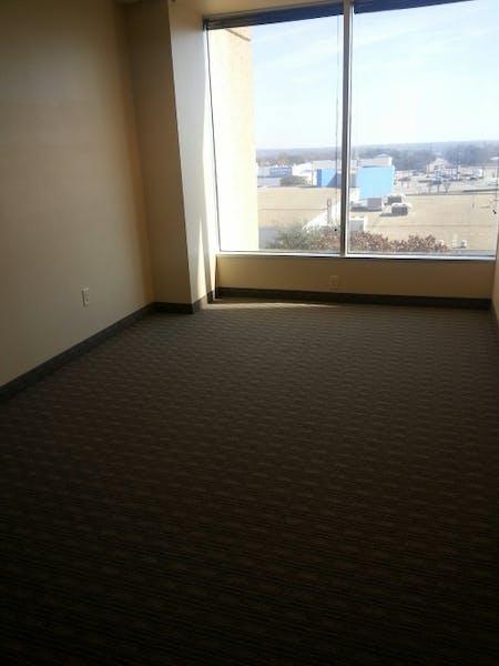 Suite E0330 / 1,360 SF/ $2,226 + Electricity