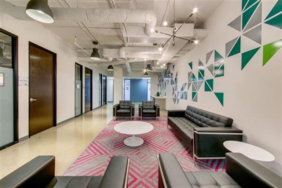 Suite 122 / 355 SF/ Negotiable