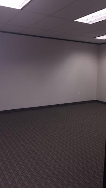 Suite B690 / 400 SF/ $567 + Electricity