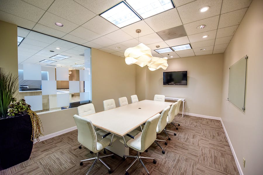 Business Workspaces & Meeting Rooms at University Tower