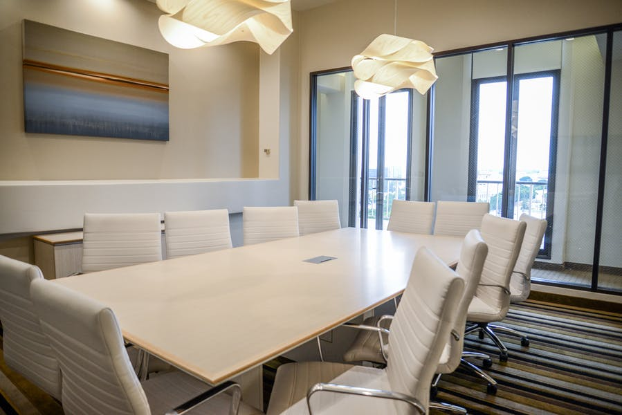 Business Workspaces and Meeting Rooms at 790 East Colorado