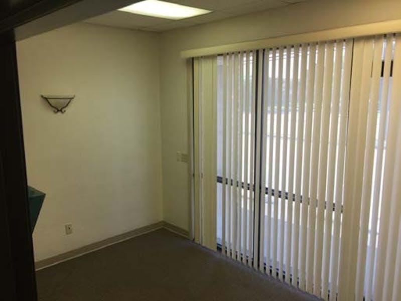 Suite 2801/6 / 1,481 SF/ $2,715