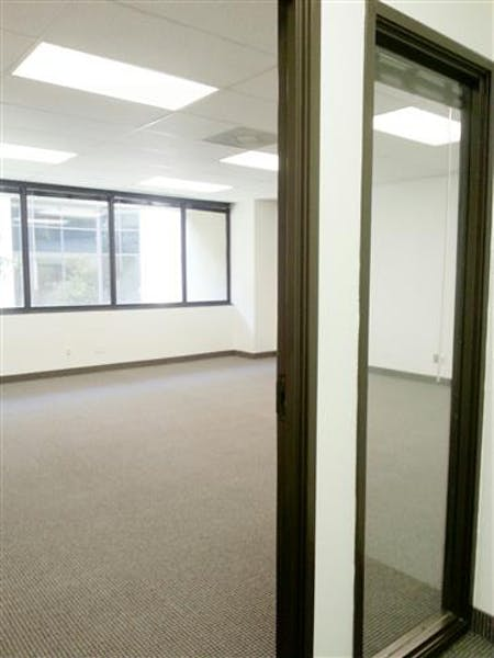 Suite A285 / 1,510 SF/ Negotiable