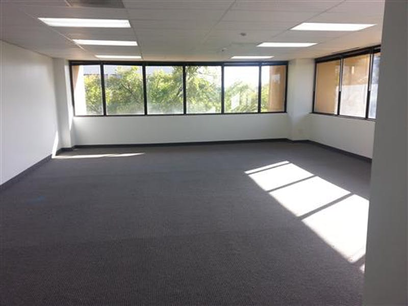 Suite B380 / 1,140 SF/ Negotiable