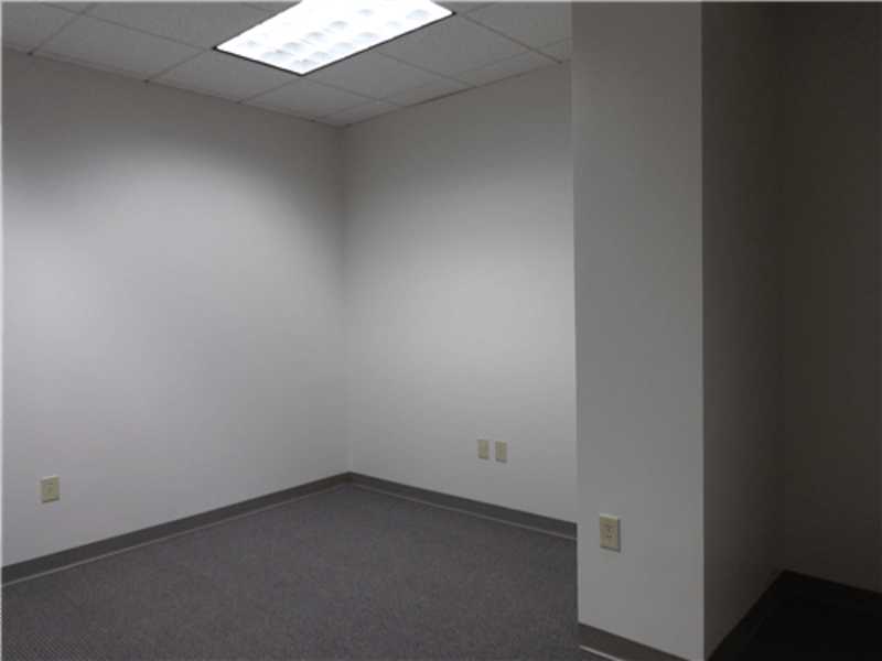 Suite 400R / 339 SF/ $720