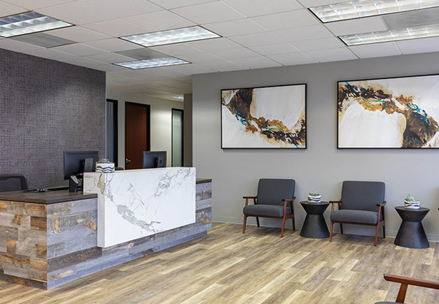 Business Workspaces & Meeting Rooms at Palm Court