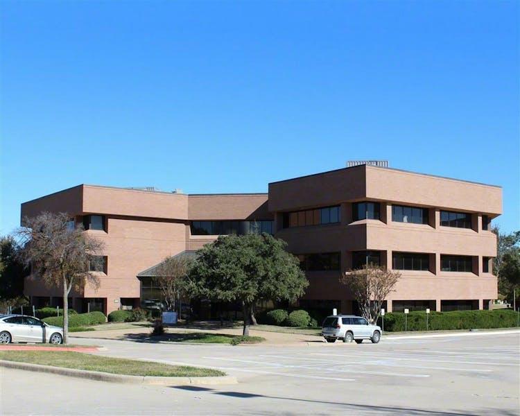 Las Colinas Office Center