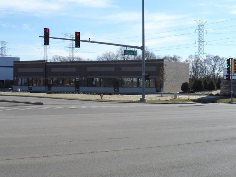 3035 N Oak Grove Ave