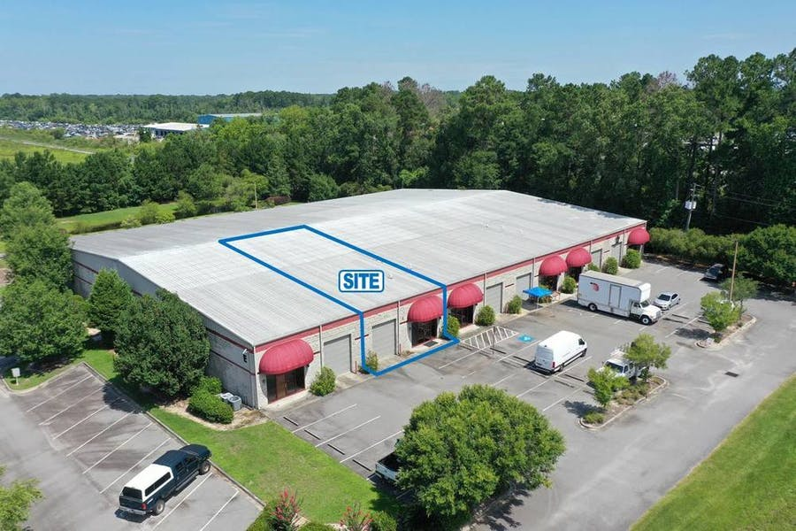 ±2,988 SF Flex Unit on Chatham Parkway | For Lease