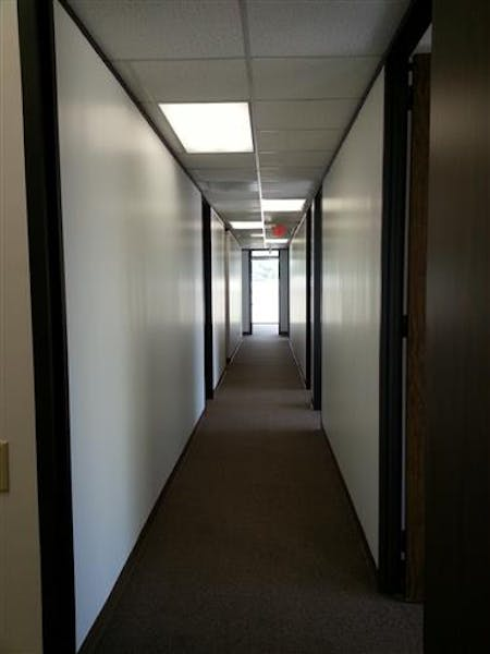 Suite B295 / 2,899 SF/ $2,899 + Electricity