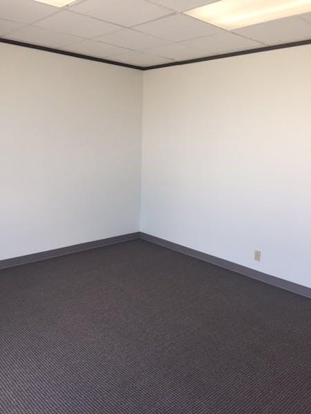 Suite 420E / 342 SF/ $485 + Expenses
