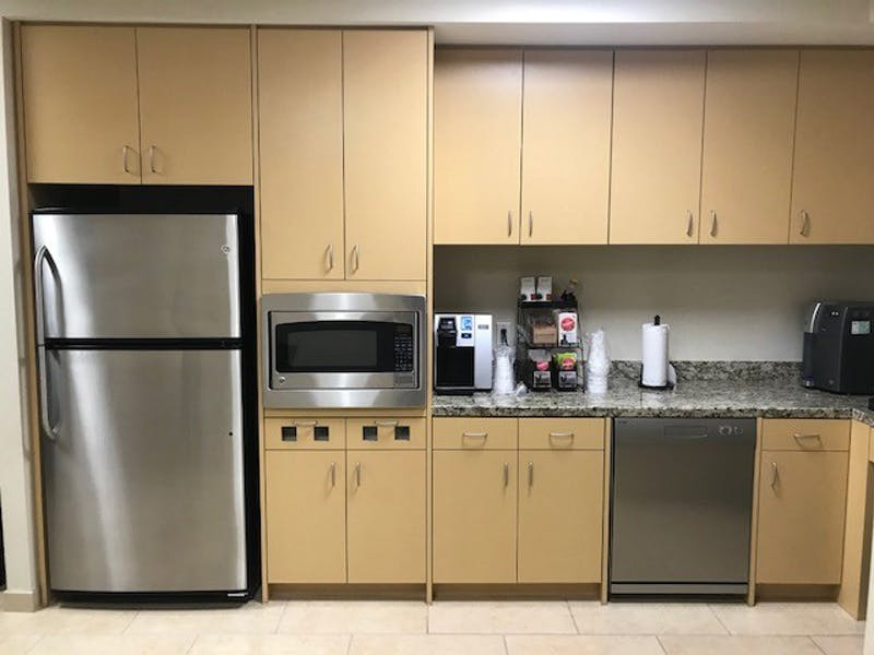 Suite 220 / 2,932 SF/ $6,475 + Electricity