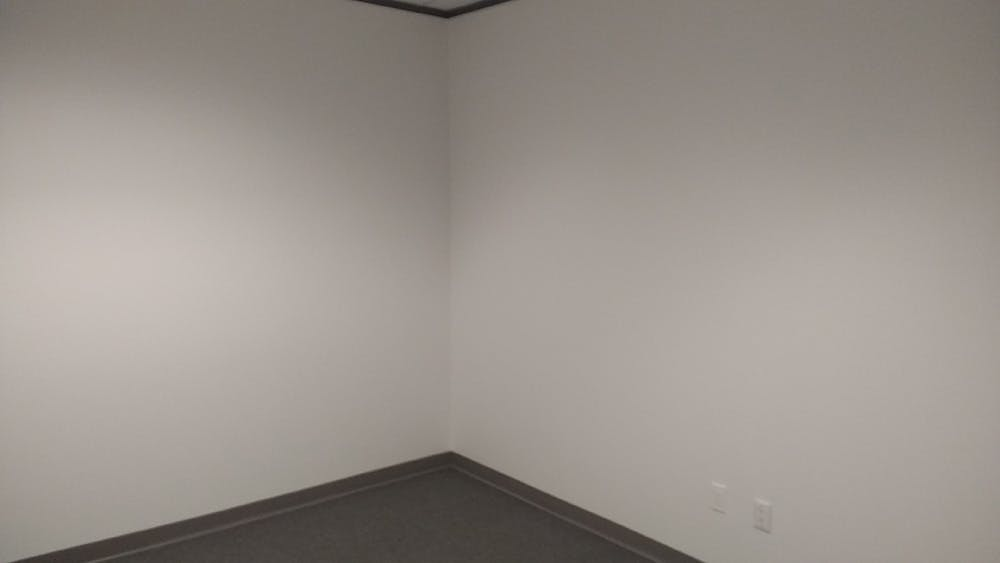 Suite 150A / 225 SF/ $672 + Expenses