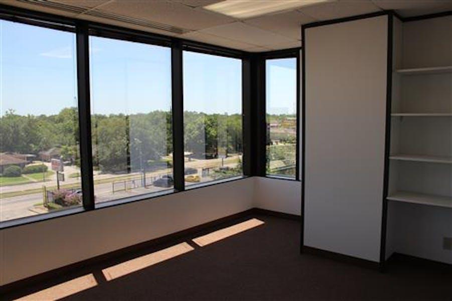 Suite 2-0400 / 1,730 SF/ $2,390 + Expenses