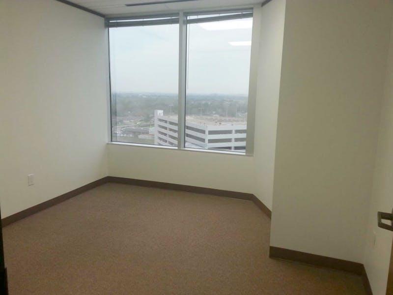 Suite 2-1015 / 965 SF/ $1,399 + Expenses
