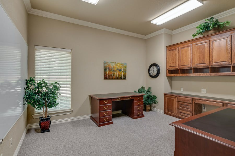 Suite All Suites 5,940 SF Divisible / 5,940 SF/ $10,890