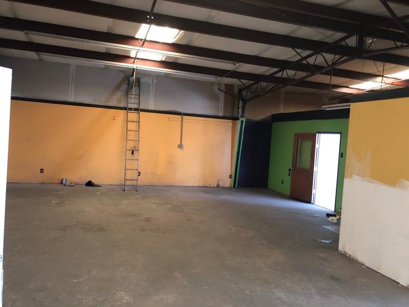 Multiple Free Standing Office/Warehouse Spaces For Lease