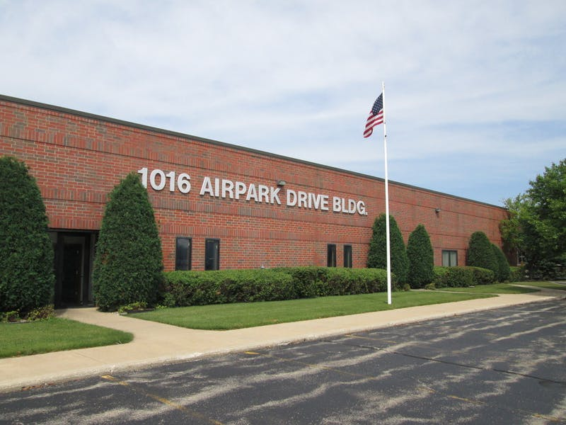 1016 Airpark Dr
